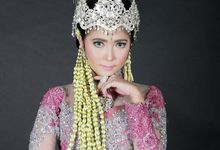 Sunda Siger Modifikasi (Traditional Bridal Makeup) by Mezuira MakeUp & Hijab Style