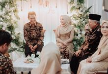 The Engagement of Wida & Ari by Crafted Visual