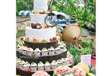 Wedding Cakes by MAHONY CAKES