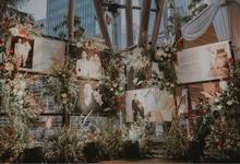 Beautiful Outdoor Wedding Decoration by Financial Hall by IKK Wedding
