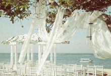 sandy toes + salty kisses by Tea Rose Wedding Designer