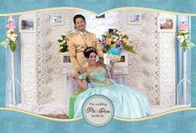 Photobooth by Pigura Photography by Pigura Photography
