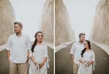 Dhika & Riri Casual Engagement Session At Melasti Beach by Samatha Photography