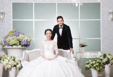 Indoor Prewedding 03 by King Foto & Bridal Image Wedding