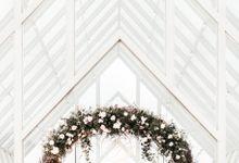 Roman-Architecture-Inspired Wedding by Elior Design