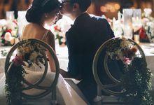 Glamorous Modern Wedding of Jennifer & Martinez at The Ritz Carlton-Bali by Varawedding
