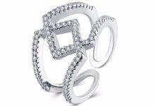 TIARIA Diamond Stack Gold Ring Perhiasan Cincin Emas Berlian by TIARIA