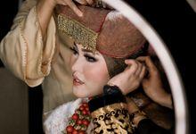 Tiara & Sunjaya by Derzia Photolab