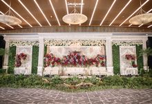 Balinese Wedding of Gana & Dayu by  Menara Mandiri by IKK Wedding (ex. Plaza Bapindo)