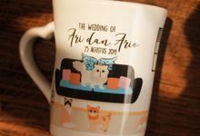 MUG F MINI LOVE DESIGN WEDDING ARI & ARIO by Mug-App Wedding Souvenir