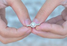 Engagement Ring by J's Diamond Jewellery