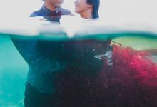 TRISTAN AND KINANTHI UNDERWATER PRE-WEDDING by XO Photo