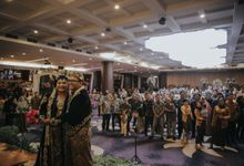 Uty & Akbar Wedding by HIS LIPI by LIPI Grand Ballroom