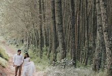Prewedding Of Dennis & Hanny by Almapics