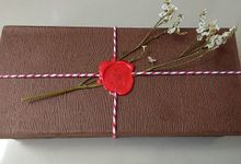Packaging - Wood Texture hard box by The Rustic Soap