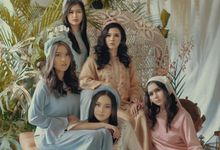 Morrocan Vibe  by Nina Nasution