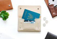 Handphone & Card Wallet by Le'kado