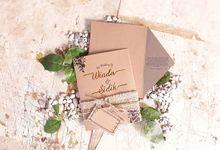 Undangan Soft Cover Rustic Dengan Amplop Terbuka dan tali Goni by Paper Love