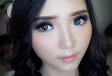 Wedding makeup by Syantika.kin_makeup