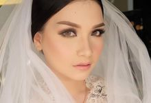 Wedding Make Up by Kim Bridal
