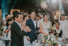 Rustic Destination Wedding with Touching Details on Saba Beach by AVAVI BALI WEDDINGS