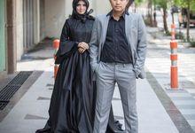 Dimas & Cynthia Outdoor Prewedding Photoshoot by Story Photography