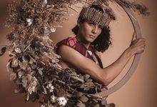 Dry leaves design  by Nina Nasution