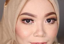 Modern Hijab Wedding by White Make Up and Hair Do