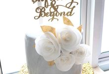 Engagement Marble Gold Cake by YUCA Creations
