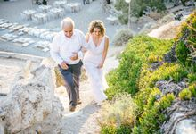 Folegandros beach wedding by Olive Hearts