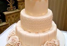 Designer Wedding Cakes by House of Elegant Cakes