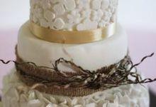 Real Wedding Cake by Ika Bali Cake