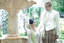 The Ritz Carlton - Tasya & Irga Romantic Garden Akad Ceremony by Sentra Bunga Decor