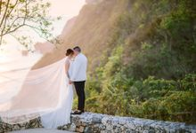 The Elopement Wedding of Erin & Andrea by Alila Villas Uluwatu