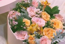 Blooming Box by Lacey Florist