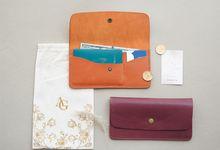 Aris & Gina - Custom Travel Wallet by Rove Gift