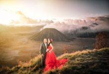 Bromo In Love by Wikanka Photography