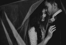 Memilih Tema Chic di Hari Pernikahan by ALVIN PHOTOGRAPHY