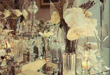 White loves Silver by Tea Rose Wedding Designer