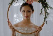 Off Shoulders Trumpet Gown by Bee Bridal Center