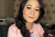 Natural Make Up Look by Make And UP