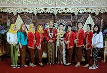 Wedding Momi And Aji by Srikandi Wedding Organizer Semarang