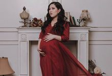 Maternity Photoshoot by Berta Chandra Couture