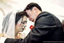 Wieko + Sylvia Wedding Photos by Imperial Photography Jakarta