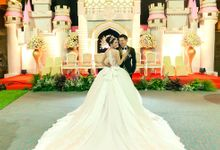 The Wedding Of Susanto & Yusliany by thePhotograph