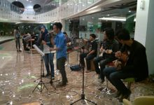 Xtra Live tv program,  gathering komunitas, kampanye, perform reguler cafe by Acoustic Live Music for Wedding By Lycorea Band