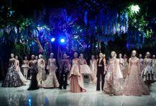 Fashion Show Sebastian Gunawan A Mid Summer Night Dream by Etcetera Lighting