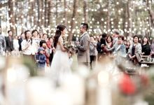 A Picnic Wedding on a Sunny Day by Elior Design