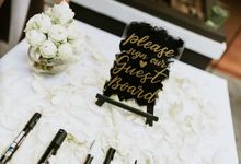 Black and Gold Destination Wedding by The Jomu Co
