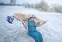 Maternity Photo by VANES PHOTOGRAPHY